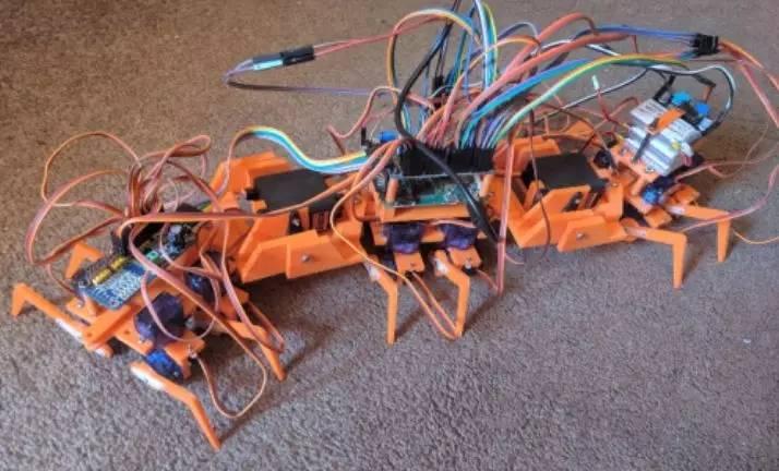 用Python做一只真·多足机器人,钢铁蜈蚣能弯曲还能蠕动